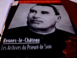Facsímil con los Archivos Secretos del Priorato de Sión